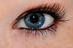 Human_eye_-_blue