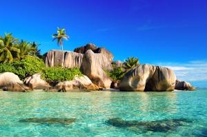531502_sea_island_seychelles_3008x2000_(www.GdeFon.ru)