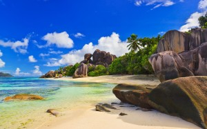 Seychelles-Island-Beautiful-Rock