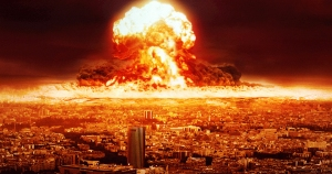 Bomba-atomica-esplosa-in-centro-citta